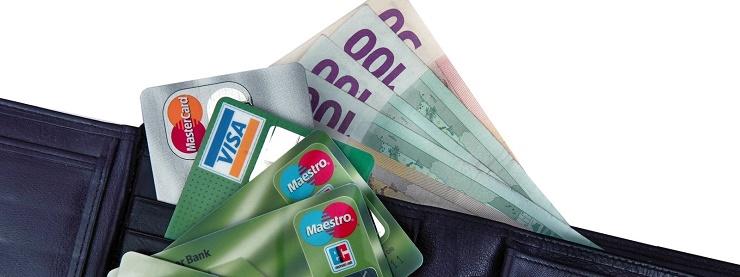 Geldboerse mit Euro-Banknoten und Kreditkarten | wallet with euro banknotes und credit cards